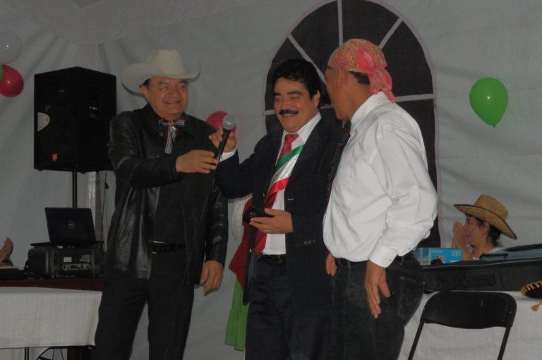 Seccion_12_galeria__imagen_11_noche mexicana varones